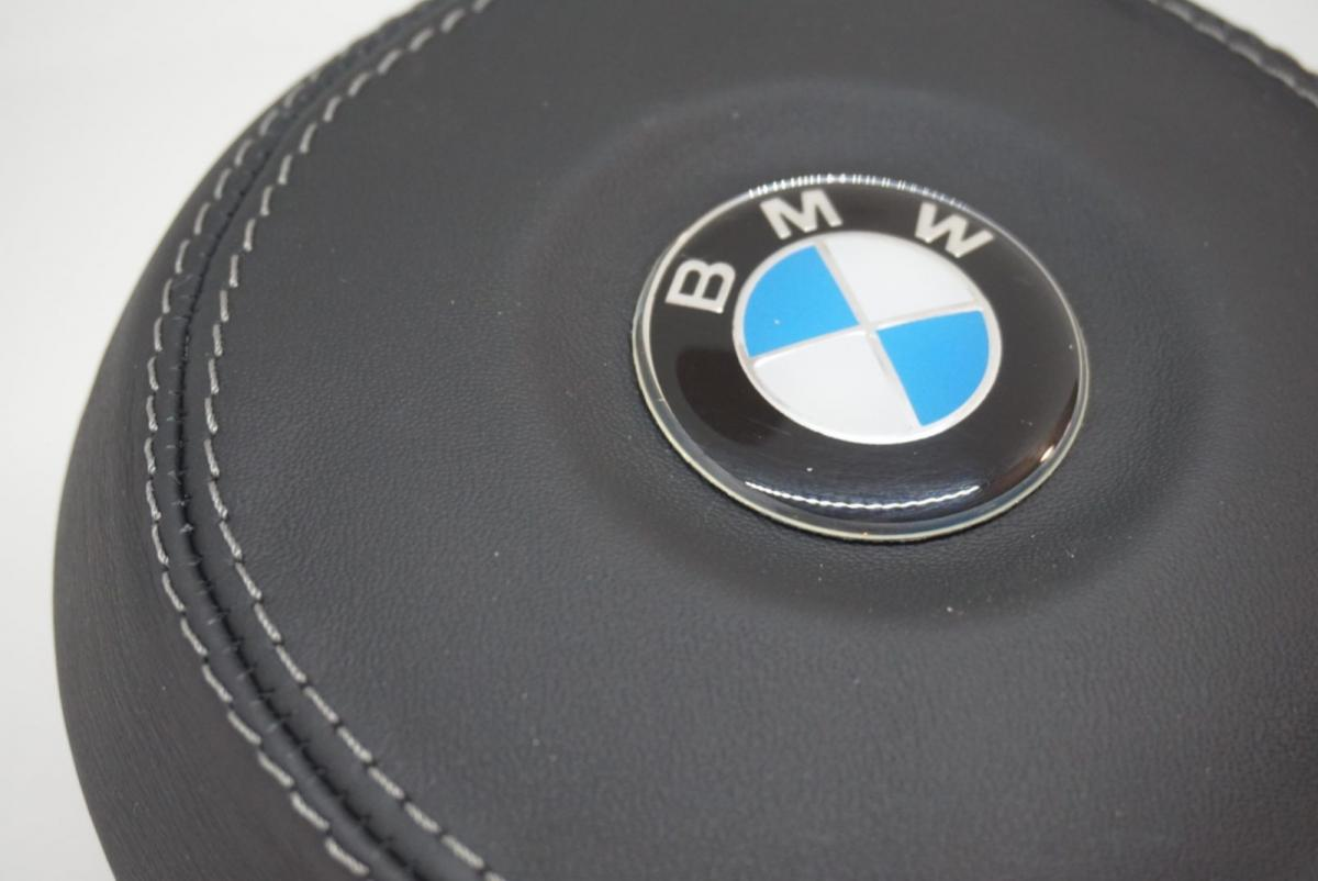 Airbag BMW forrado en cuero natural